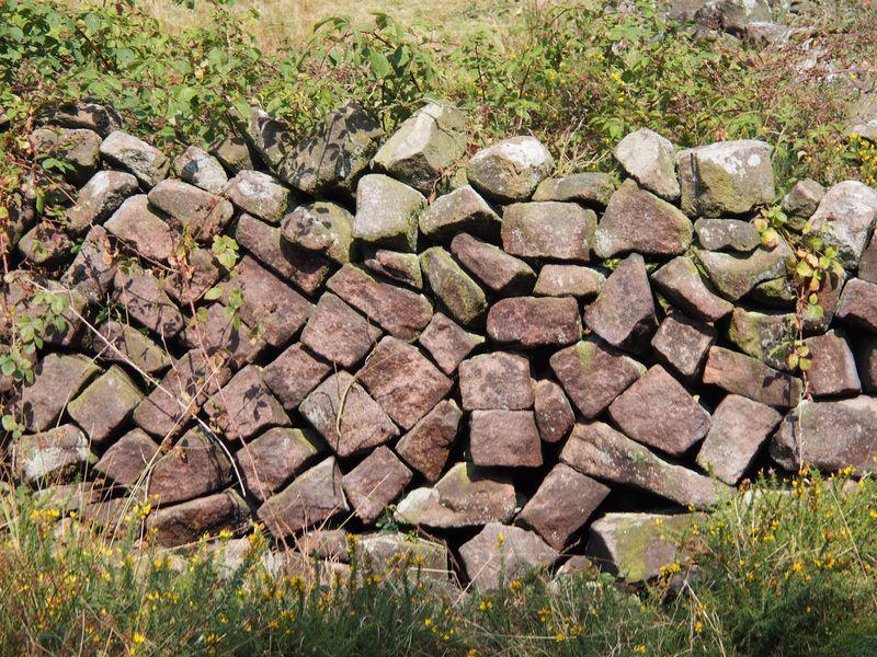 Unusual dry stonewalling